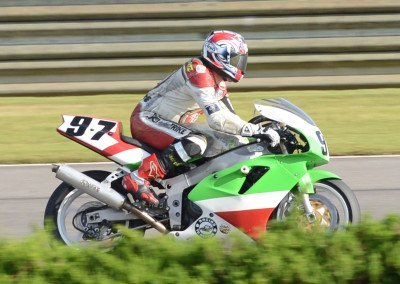 19 (Racing2)