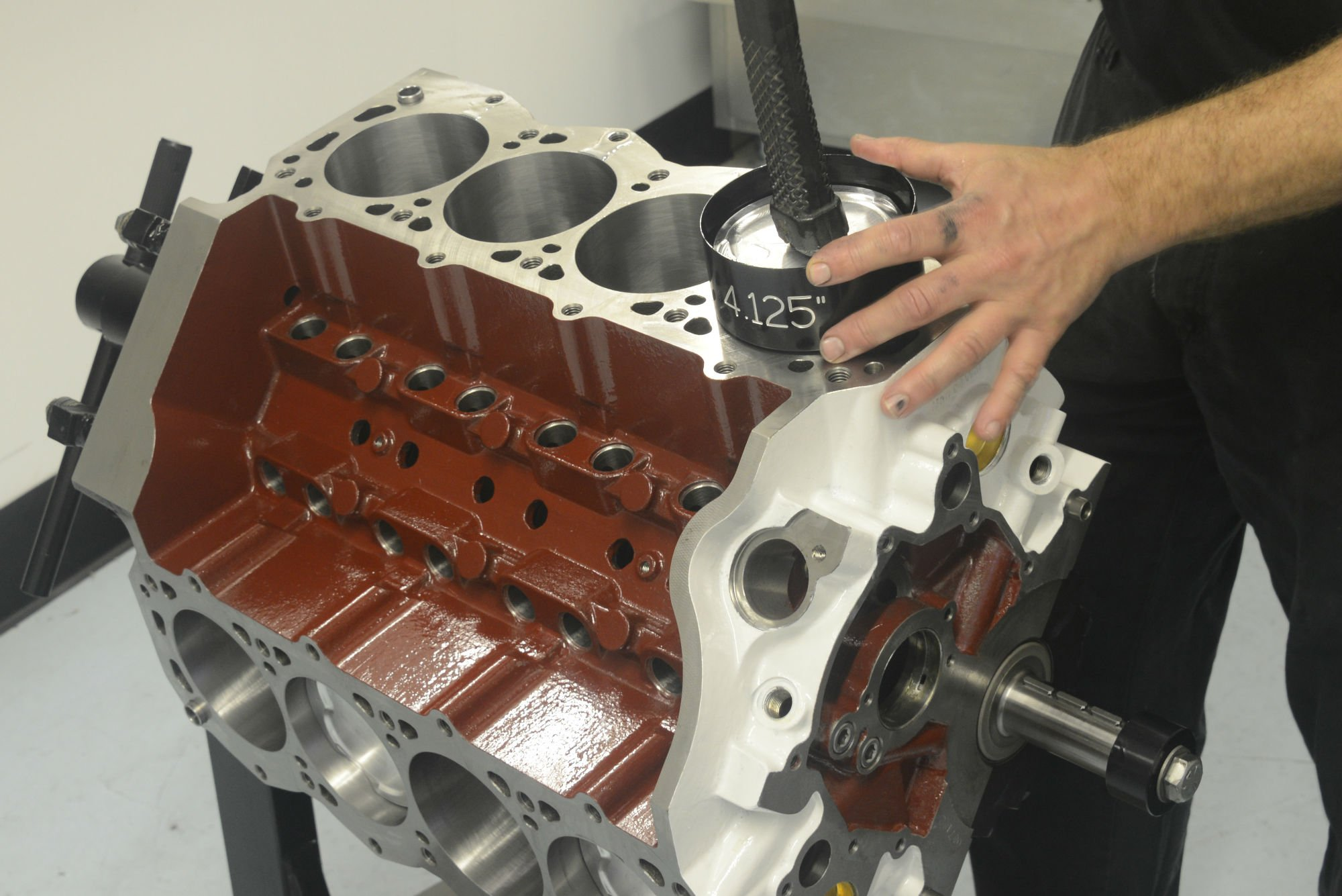 Update on new Hemi cylinder heads for small-block Fords – Moore Good Ink
