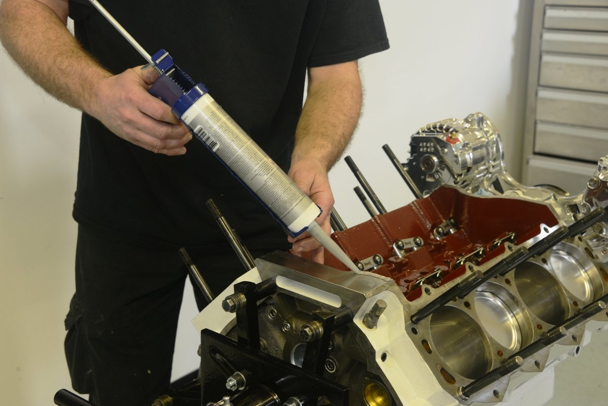 Testing first small-block Ford Hemi – Moore Good Ink